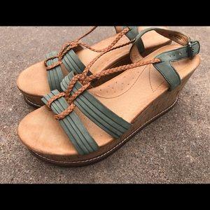 Naya Womens Sage Green Leather Wedge Sandals  8
